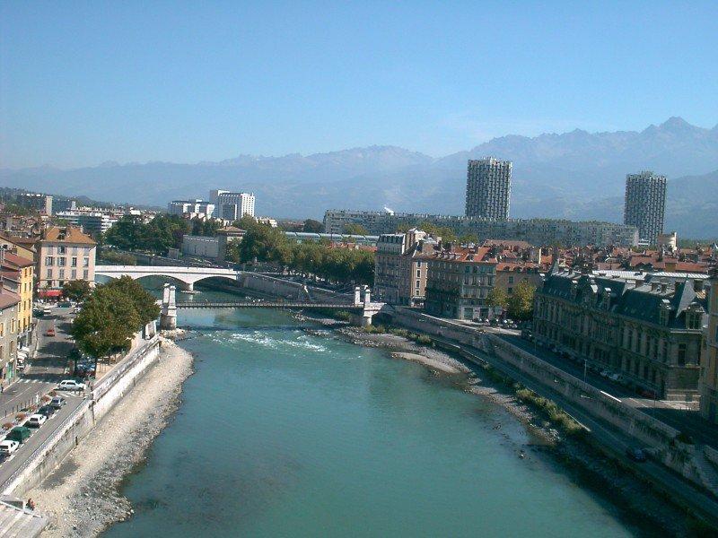 La formation PNL et hypnose à Grenoble